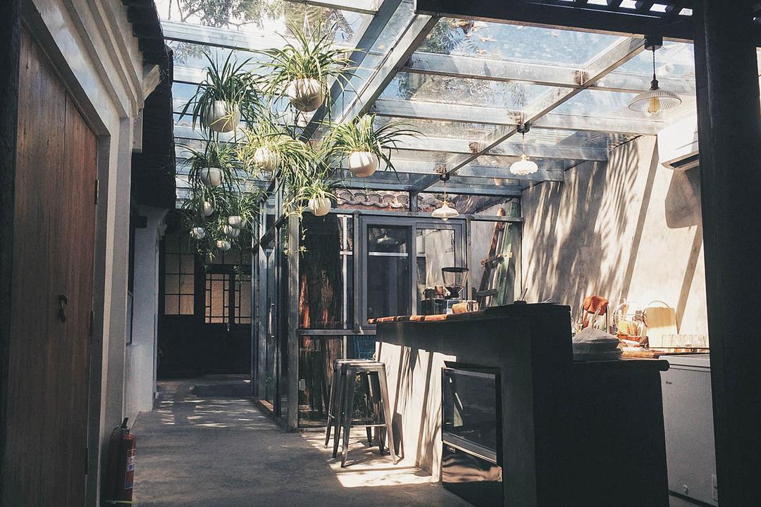 Living Room Coffee & 城南旧事Hostel