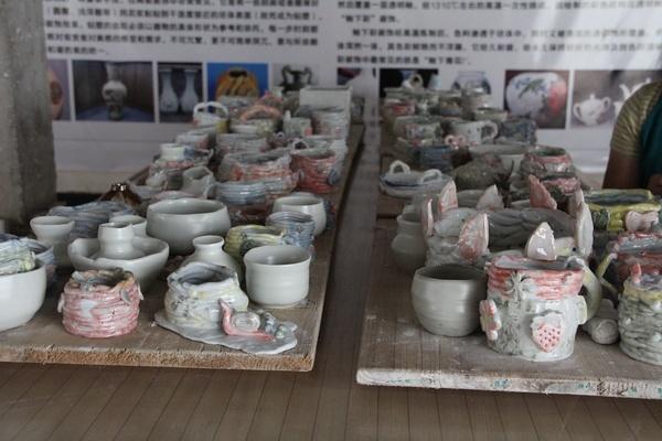 青花瓷陶艺活动中心(珍珠泉店)