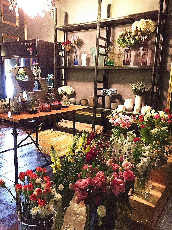 Aroma香在--花艺工作室