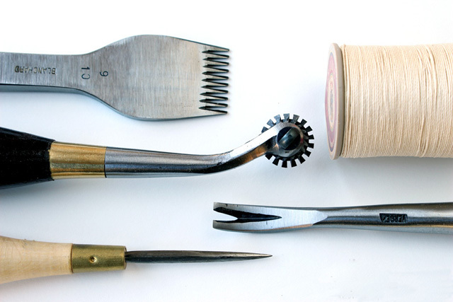 草莓手工皮具工作室