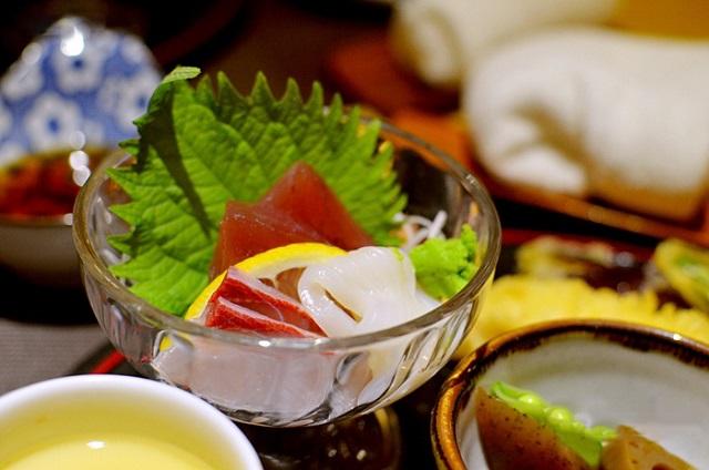 我只想尝一尝那碗鳗鱼饭