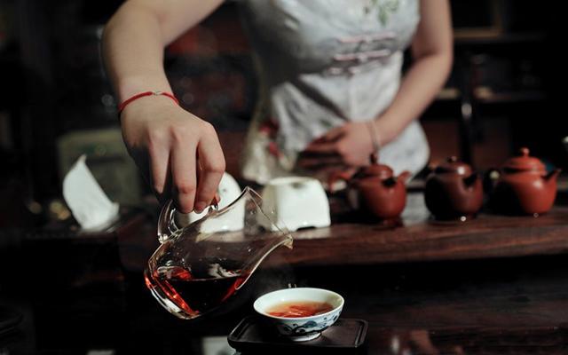 国人因有茶而完整