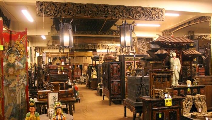 对于古董爱好者来说,这真是个好地方!