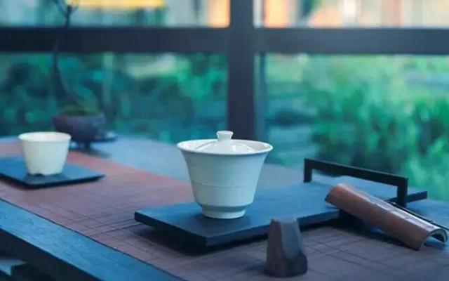 茶与器,雅聚初月