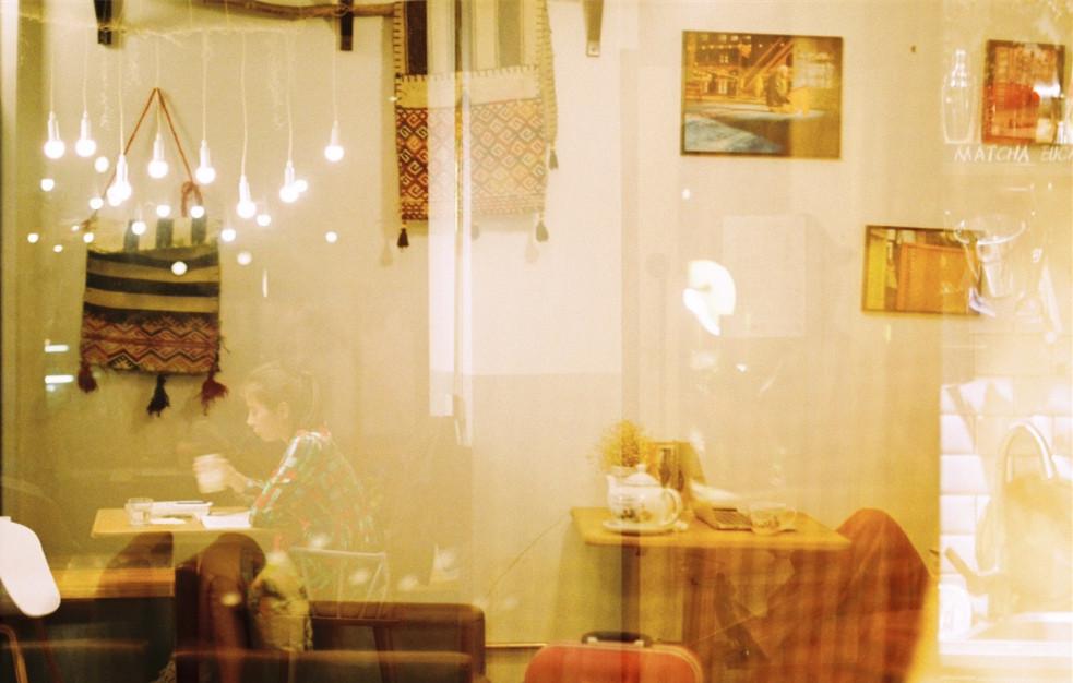 金鱼夫妇的温暖咖啡馆