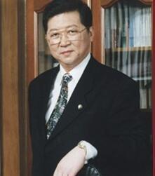 中房集团理事长孟晓苏照片