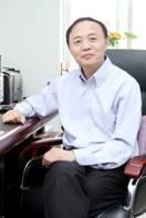青岛大学教授、药学院院长王克威照片