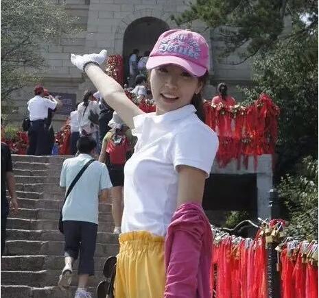 浙江省温州市第十九中学初中英语教师余佳彧照片