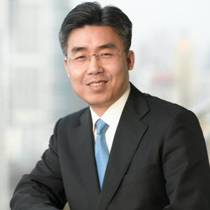 华人文化产业基金董事长黎瑞刚照片
