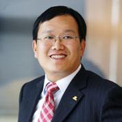 微博CEO王高飞照片
