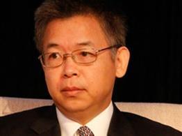 央行货币政策委员会委员黄益平照片