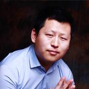 互动娱乐事业群总经理易观智库互动娱乐行业中心薛永锋照片
