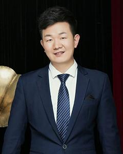 王振涛照片