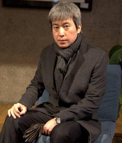 北京外国语大学副教授文铮照片