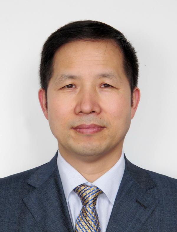 四川大学化学学院副院长王玉忠照片