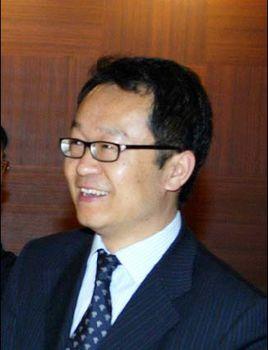 复旦大学经济学院副院长张军照片