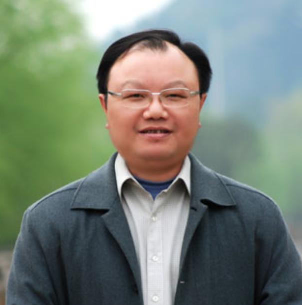湖南师范大学教育科学学院教授曹中平照片