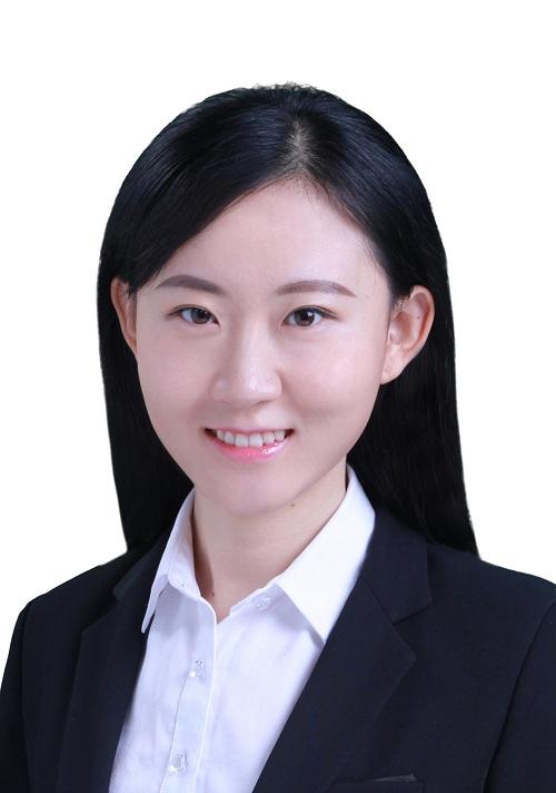 北京奔驰汽车有限公司主任工程师张妍照片