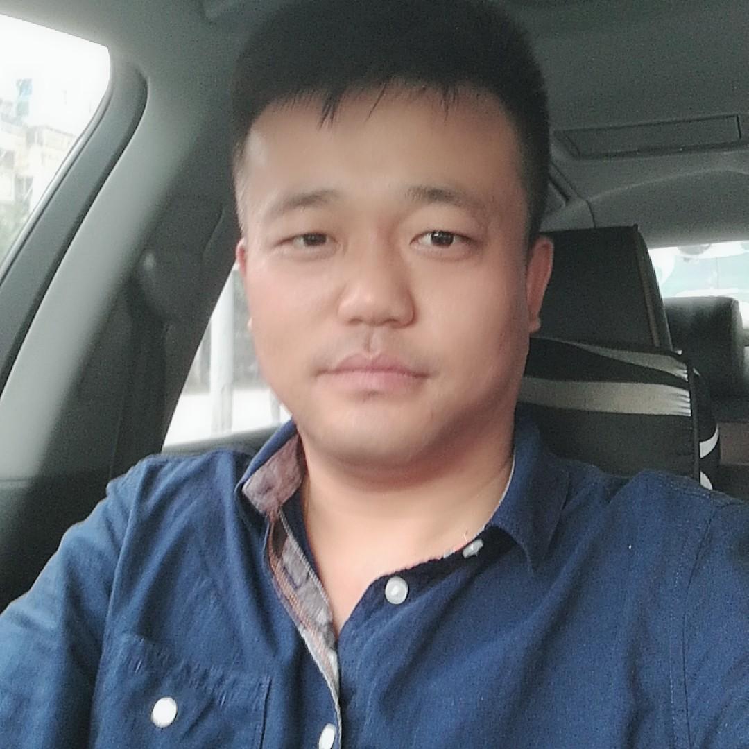 重庆市中科控股有限公司助理白利刚照片