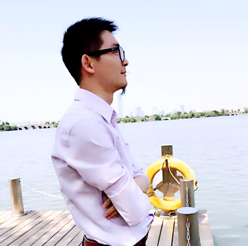 北极星口腔医疗投资集团副总监周明祥照片