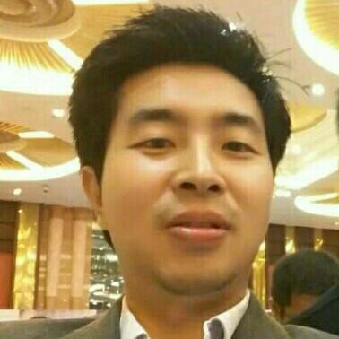 深圳中电泰日升实业有限公司经理曾宝峰