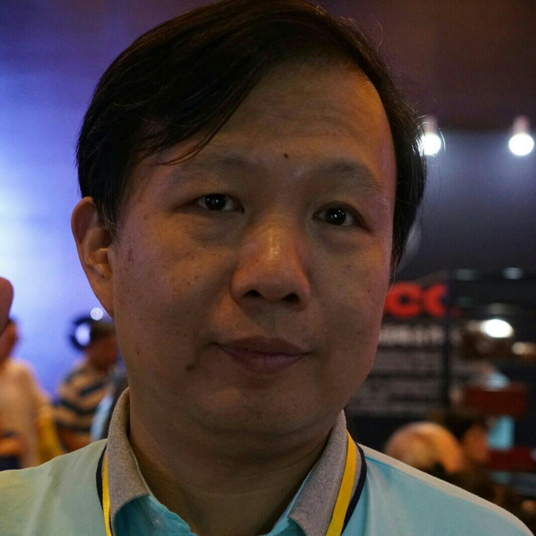 北京信通传媒有限责任公司主编黄汉兵照片