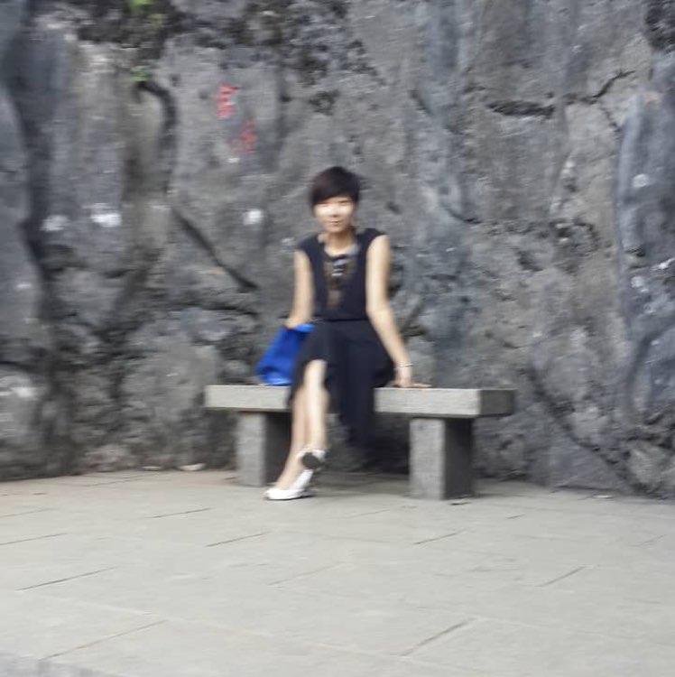 福建特步投资有限公司助理陈温莲照片