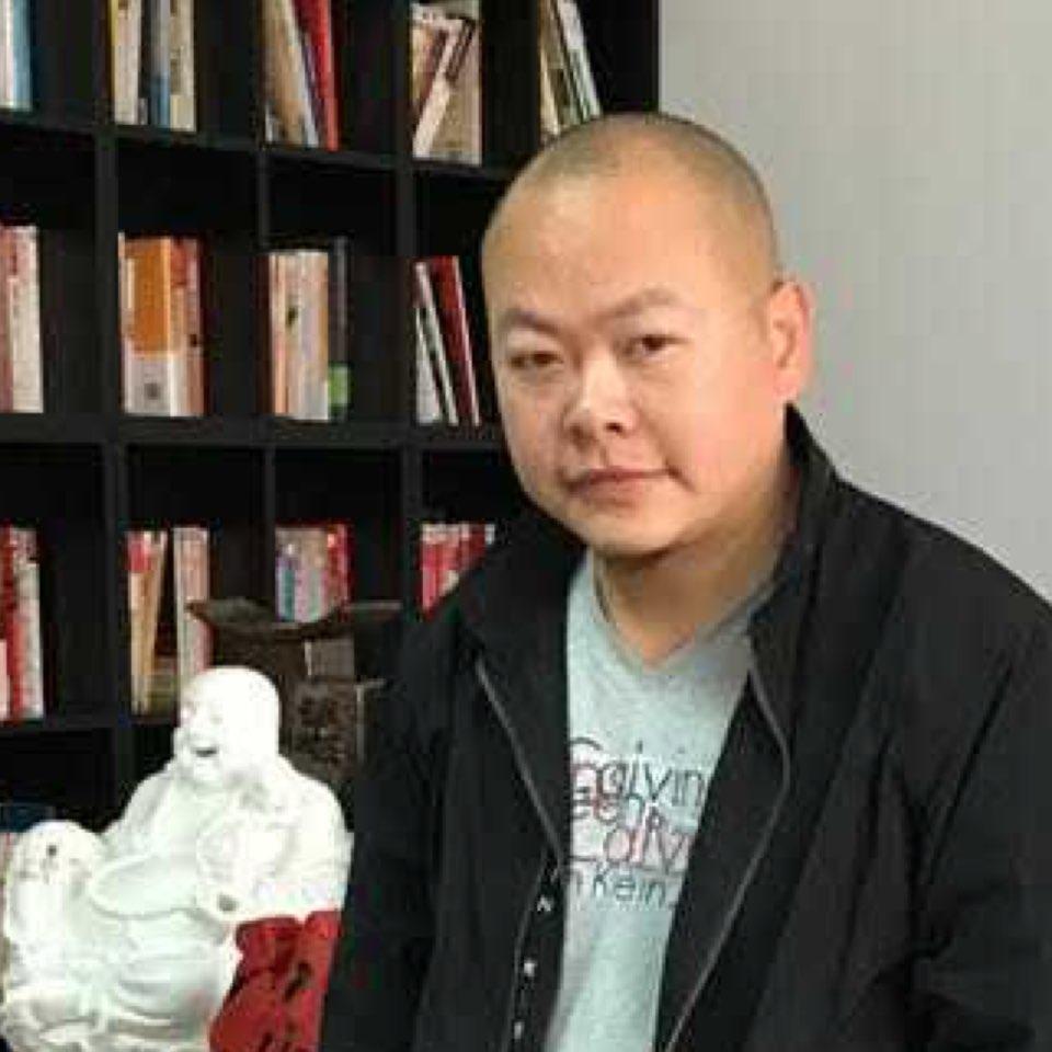 佛山市玛卡洛尼陶瓷有限公司董事长苏尚鹏