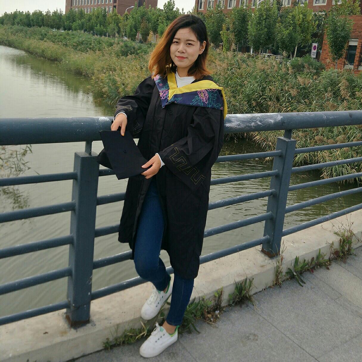 天津世纪扬名广告传媒公司经理邓阿慧照片