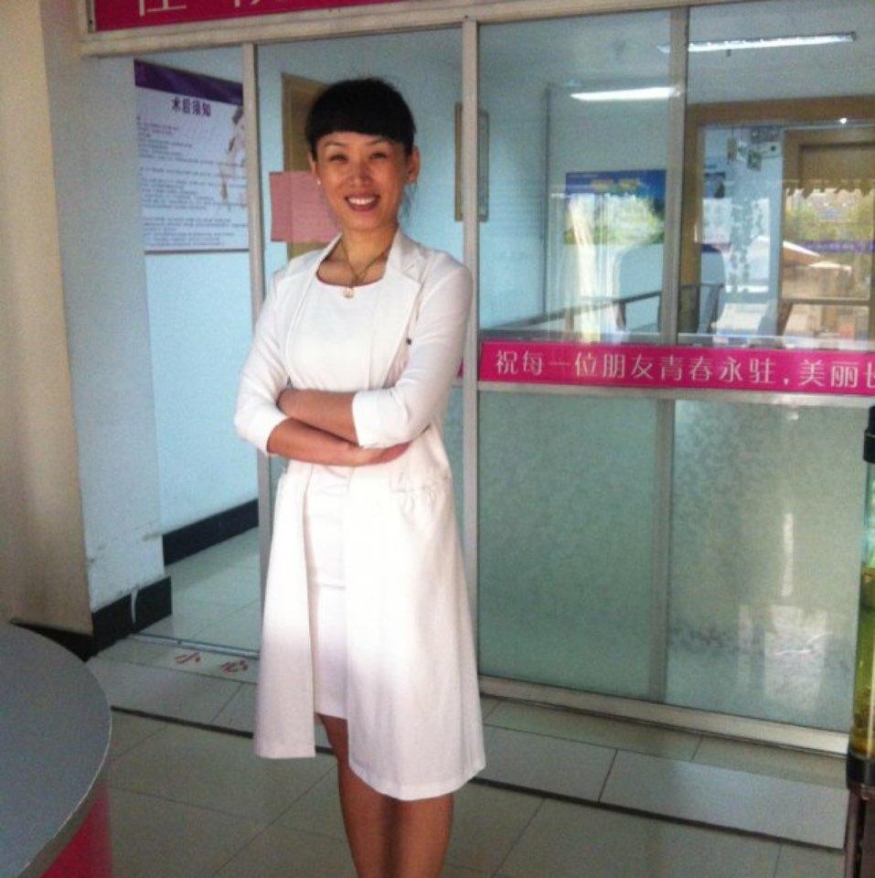济南旭美美容医院业务院长李春霞照片