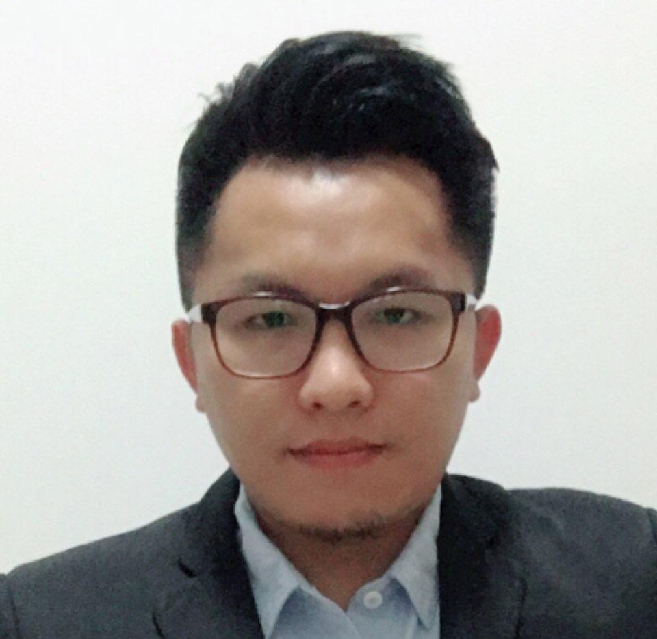 广东省广代思博报堂广告有限公司副总监陈伟雄照片