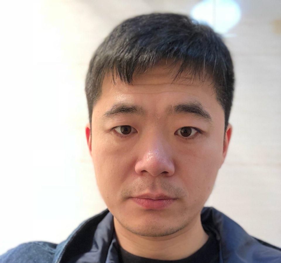 翼述网络首席架构师王亚南照片