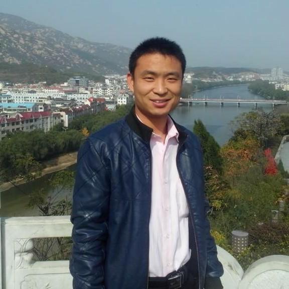 临颍县阳光办业务主管杨颍珂照片