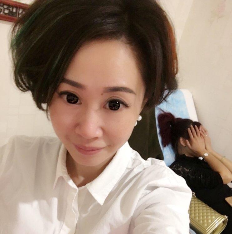 金利娅陶瓷有限公司副总吴兆锐照片