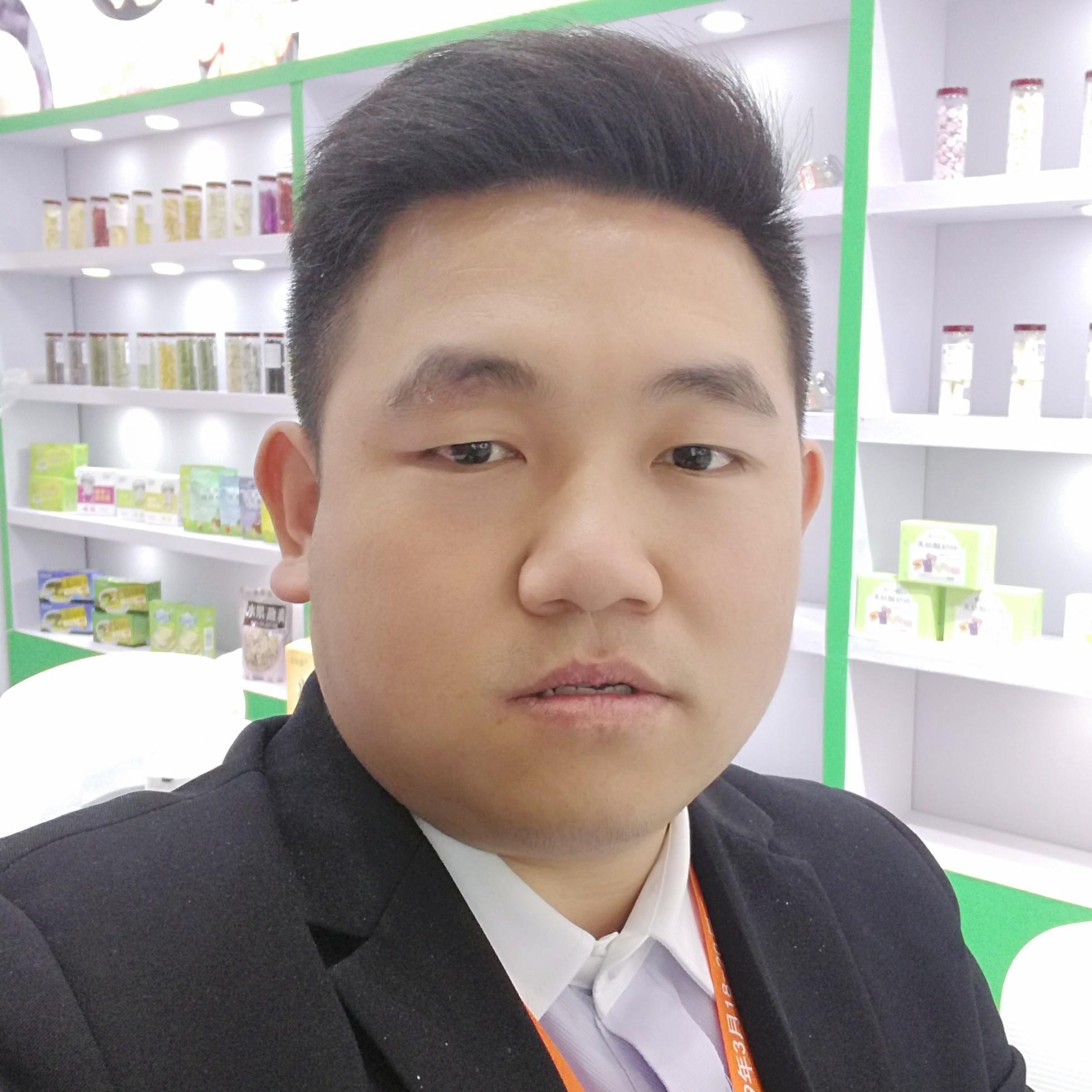 福建欧瑞园食品有限公司经理黄英苑照片