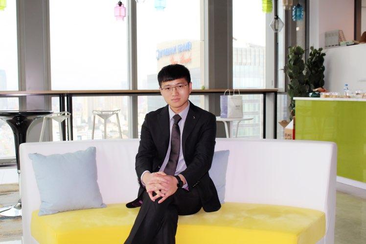 昆明摆渡人校园传媒有限责任公司CEO朱永龙照片