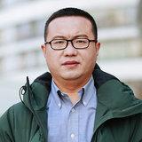 创业邦总编辑李劳照片
