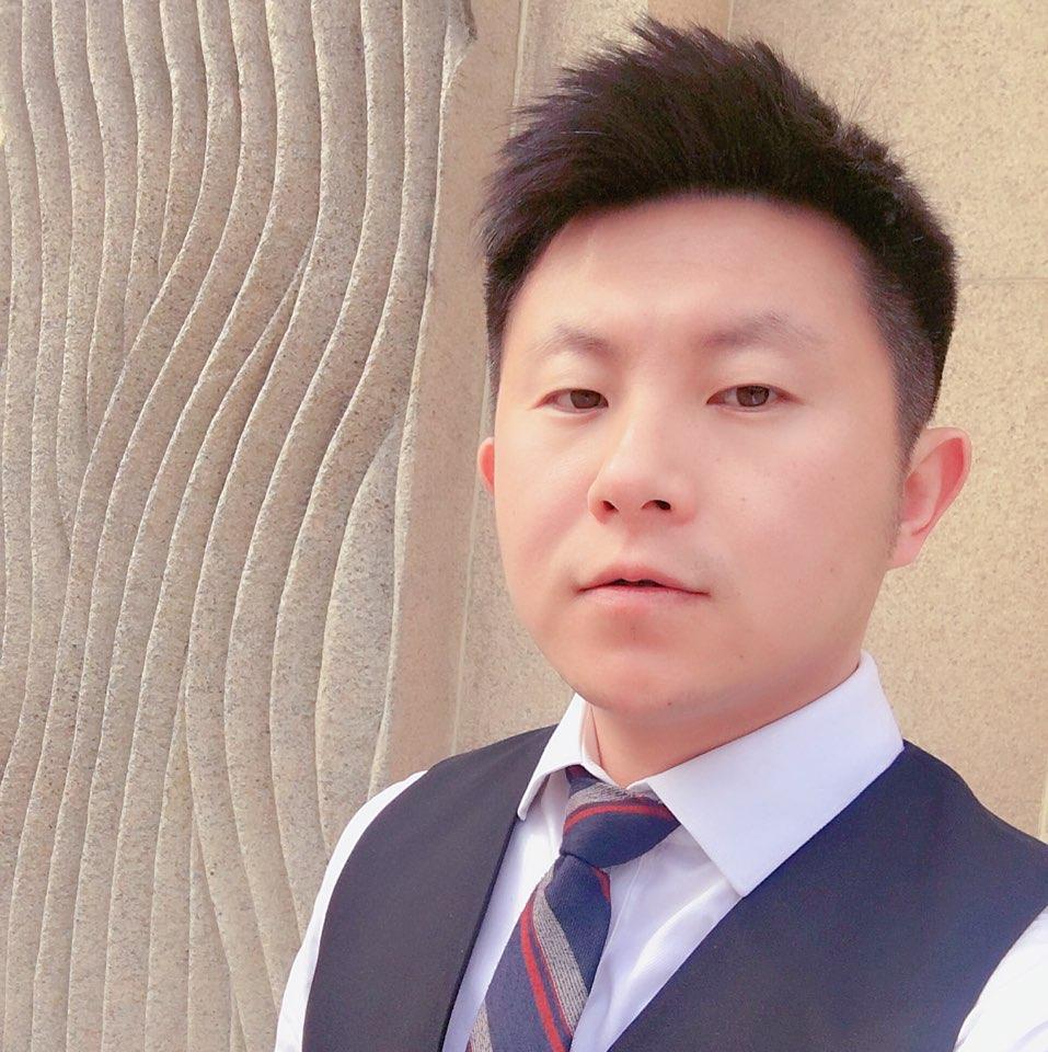 山水文园集团总监曲俊伟照片