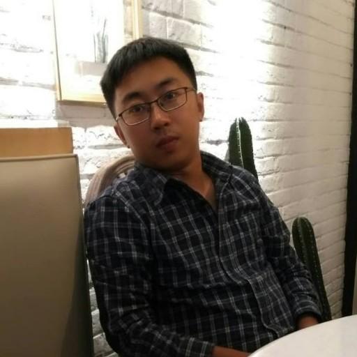 中国新闻周刊记者隗延章照片