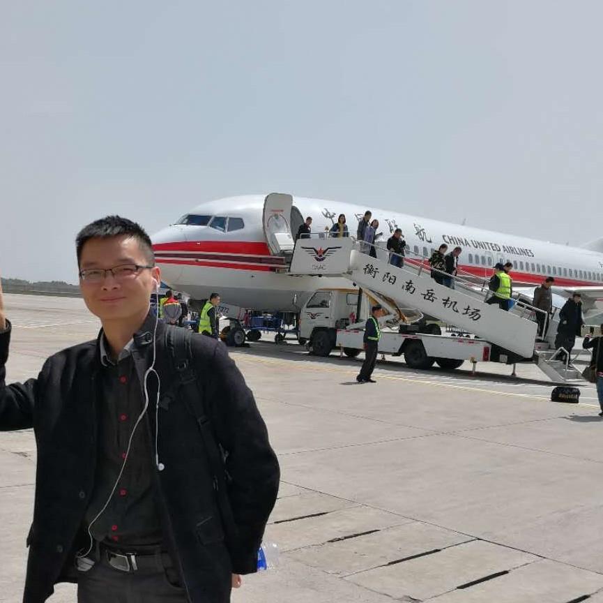 欧林家具北京分公司城市负责人刘文锋照片