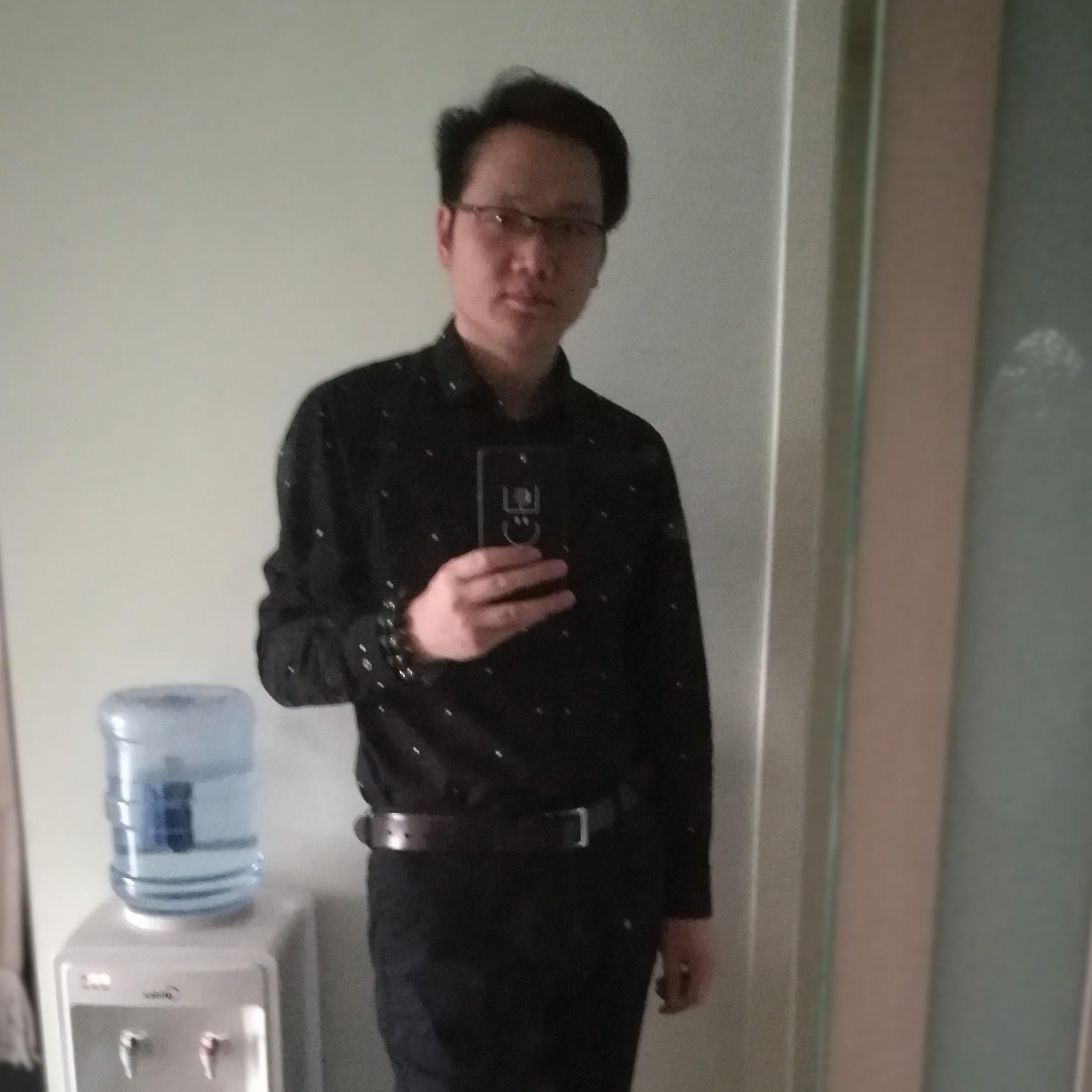 SINA Weibo经理陈燕兵照片