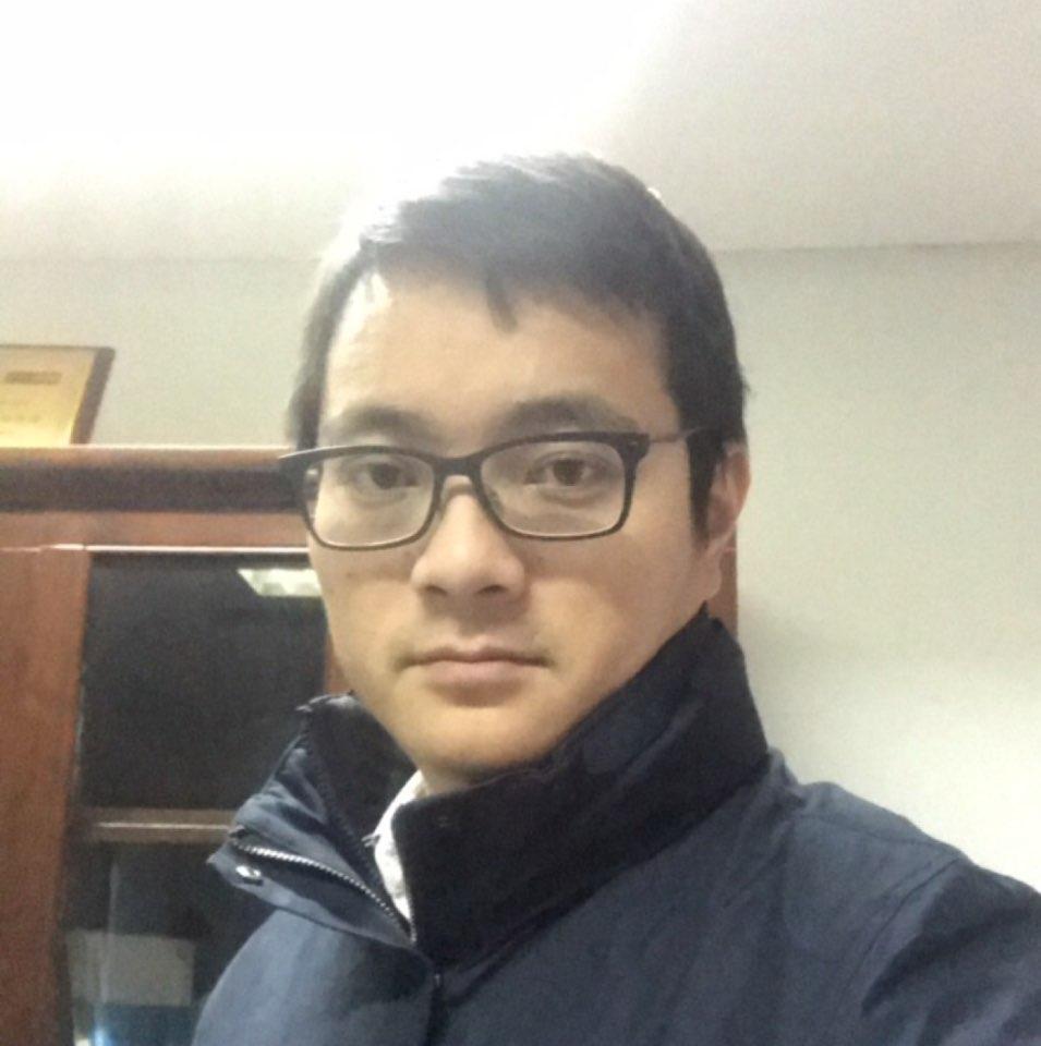 中智关爱通总监信宏魁照片