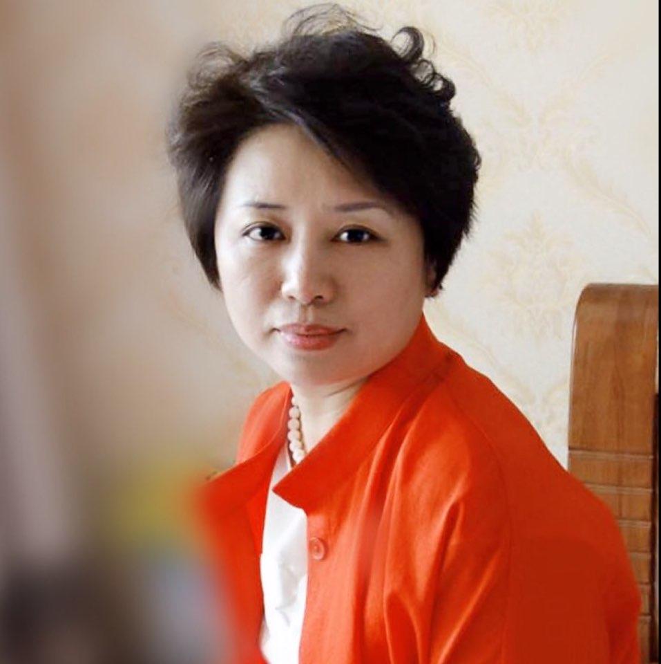河北东日集团-秦皇岛秘境客栈酒店有限公司经理徐晓玲照片
