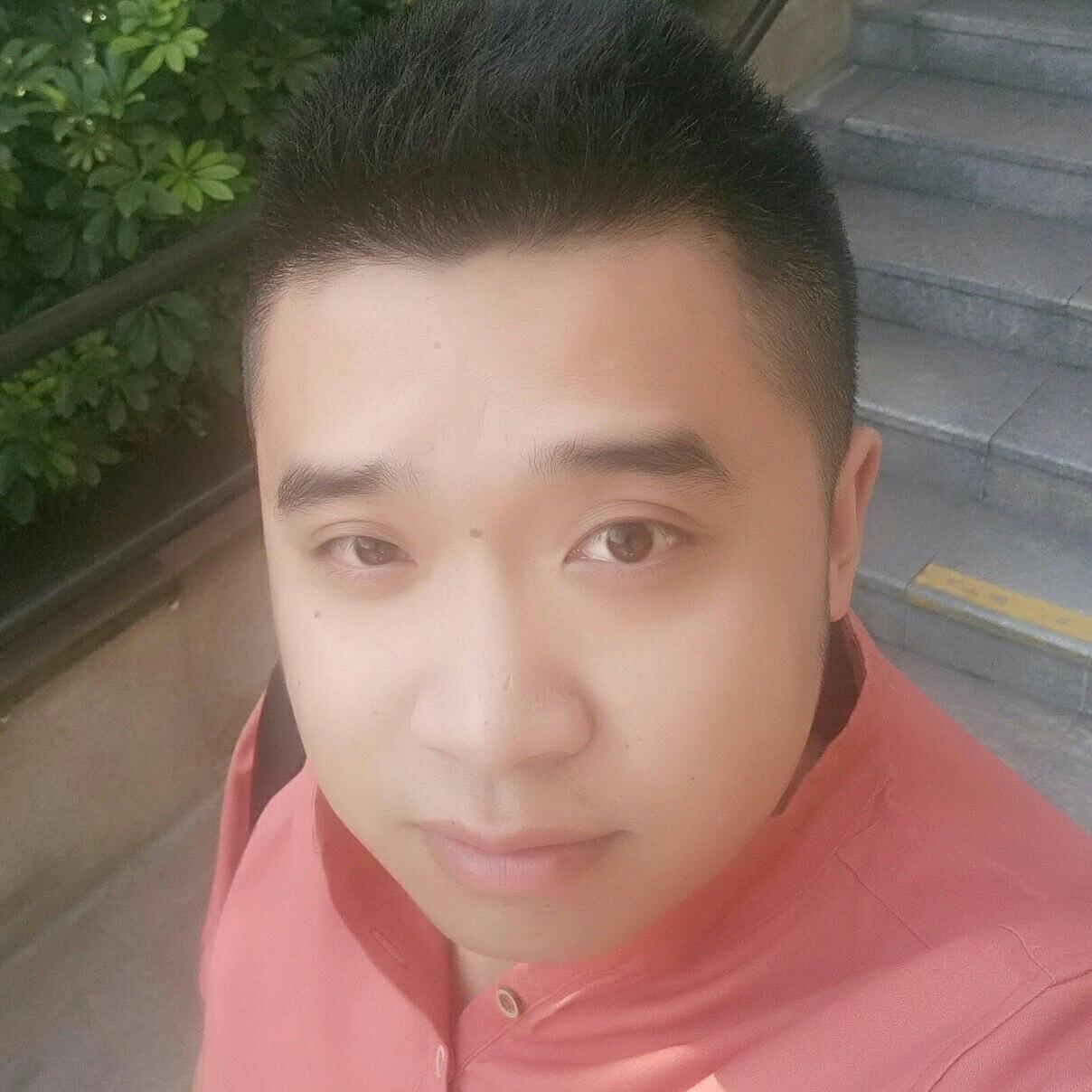 四川海瑞健康管理有限公司总监陈伟浩照片