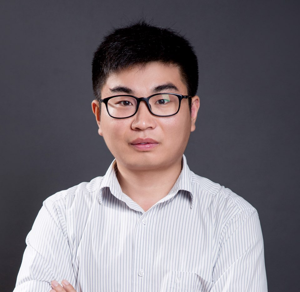 信诚人寿业务主任李新宝照片