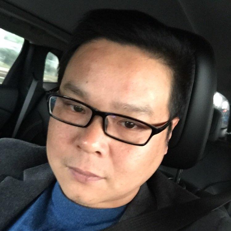 昆山玖昌物业管理有限公司CEO殷承刚照片