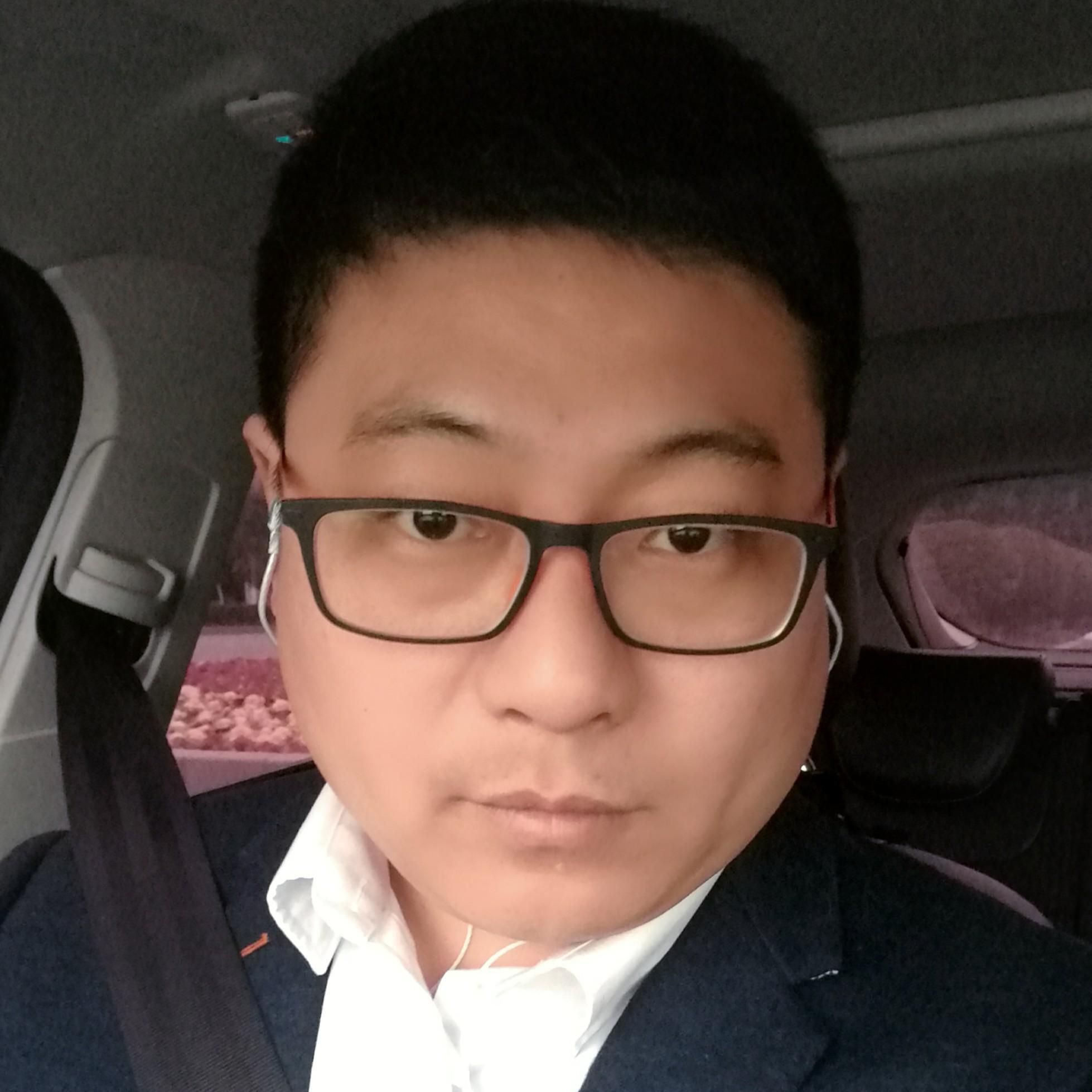 河南诚实人实业集团有限责任公司总监宋占宇照片
