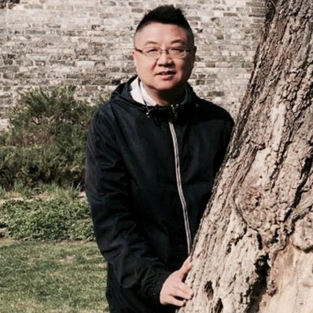 界上传媒集团首席品牌官朱冰尧照片