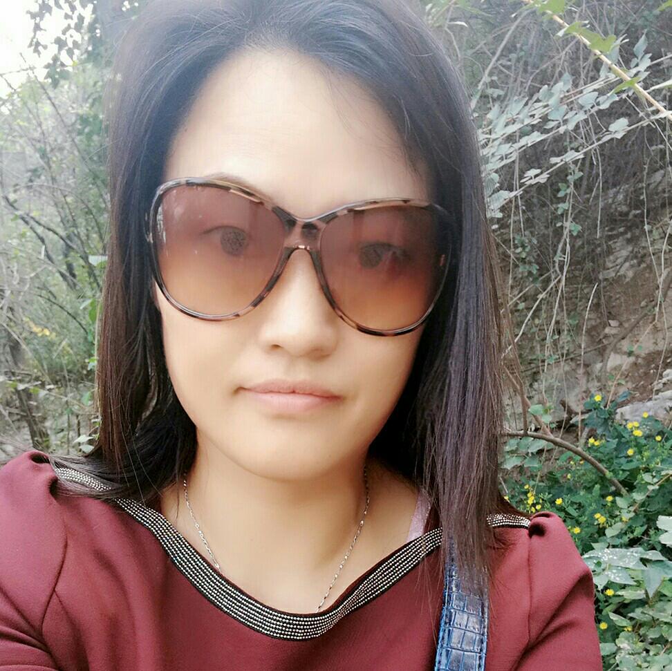 杭州锦程实业有限公司山东办事处业务主管闫秋英照片