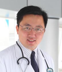 靳令经 德国医学博士、主任医师、副教授,博士生导师